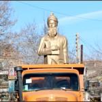 واخواهیِ استادان زبان و ادب پارسی به برداشتن نام و تندیس فردوسی از سلماس